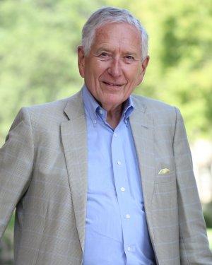 Mr. Drayton McLane Jr photo
